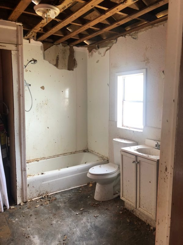 Bathroom before being remodeled